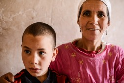Abdu bei seiner Oma
