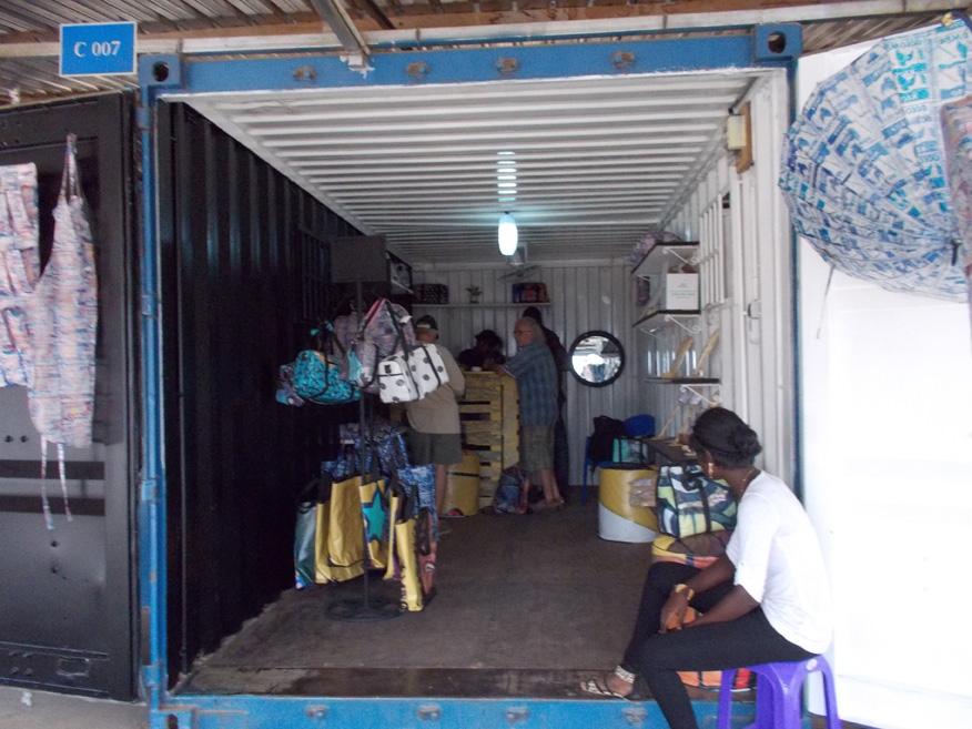 Association togo19 05 06 16 for Boutique rideaux